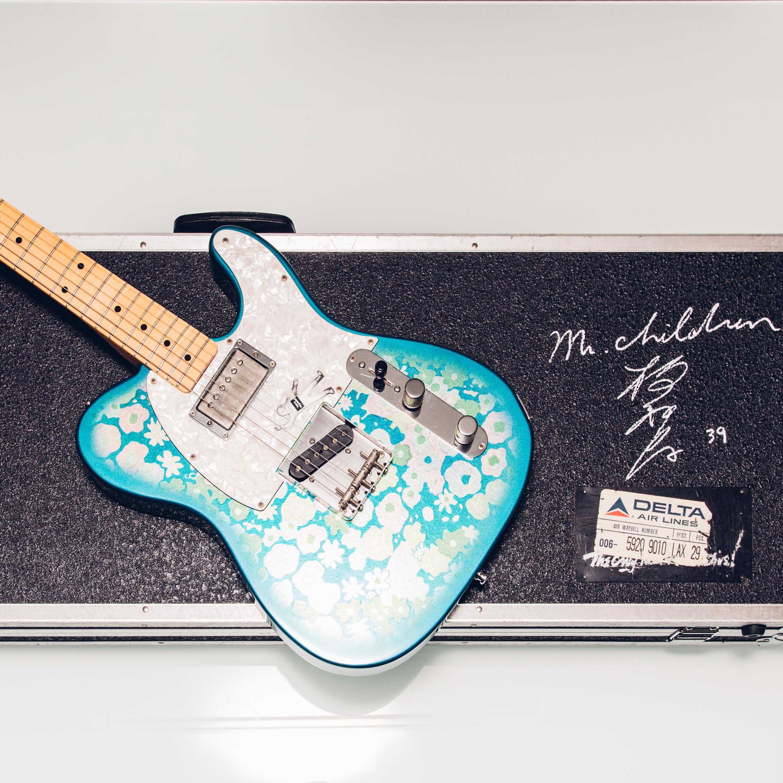 【売約済】桜井和寿様サイン入りギター