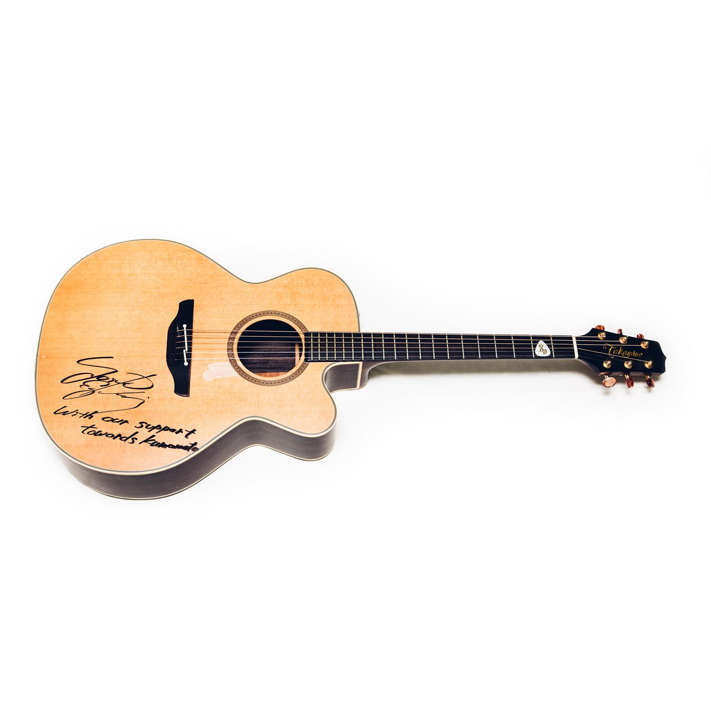 【売約済】江口洋介様サイン入りギター